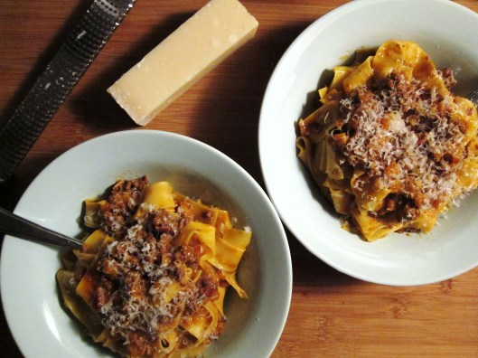 pasta bolognese with cheese