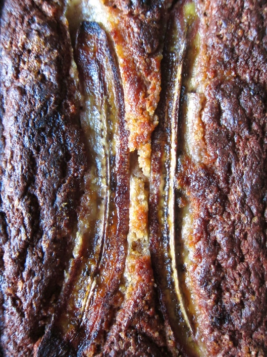 Miso banana bread // © julia chews the fat