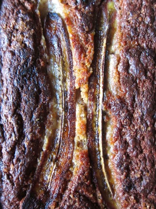 Miso banana bread // © julia chews the fat